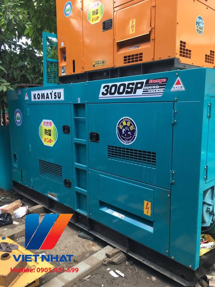 Máy phát điện Komatsu 300kva (240kw)